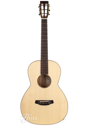 Andy Manson Andy Manson Kingfisher 12 Fret Spanish Cypresse Spruce