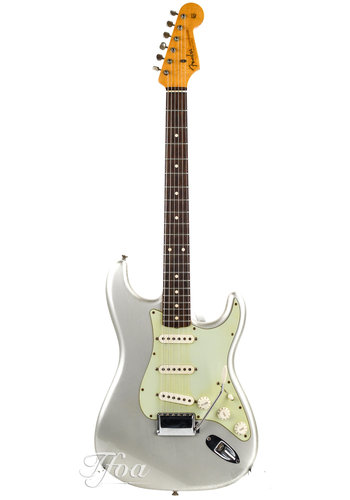 Fender Custom Fender Stratocaster 1960 Relic Inca Silver 2013 Near Mint