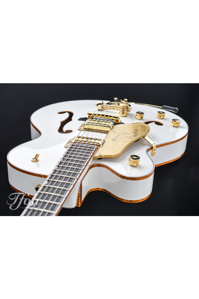 Gretsch G6136TLH Players Edition White Falcon Lefty