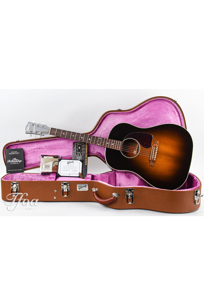 Gibson J45 New Vintage Ultimate NOS