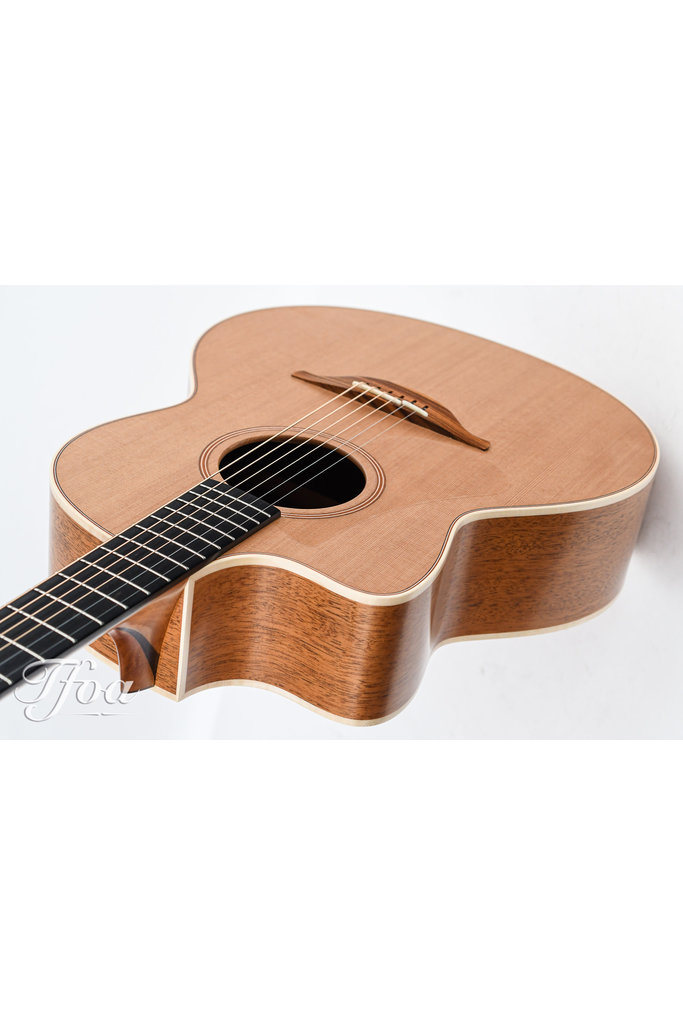 Lowden F22C Lefthanded