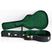 Superior CD-1514 Deluxe Hardshell 000 Size Acoustic Guitar Case