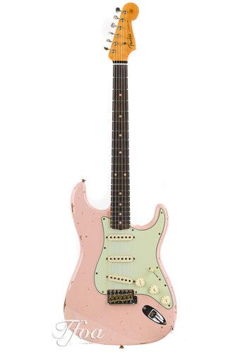 Fender Custom Fender Custom LTD NAMM 60 Stratocaster Relic Shell Pink SSS
