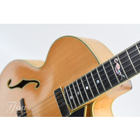 Henneken EX Archtop Flamed Maple Adirondack Used