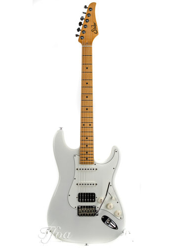 Suhr Suhr Classic S Antique Maple Neck HSS Olympic White