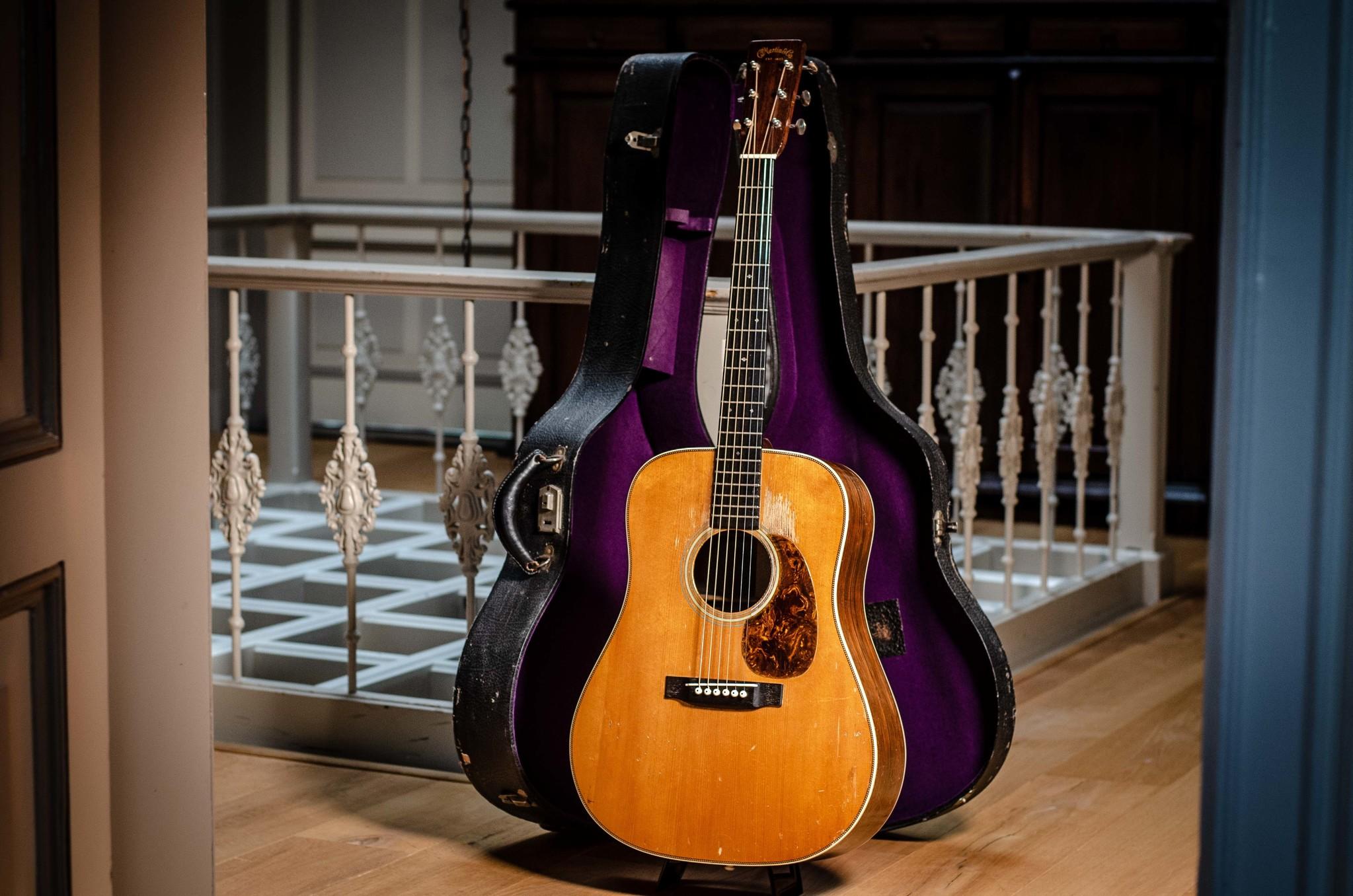 Buying Vintage Guitars, 5 Tips & Tricks!
