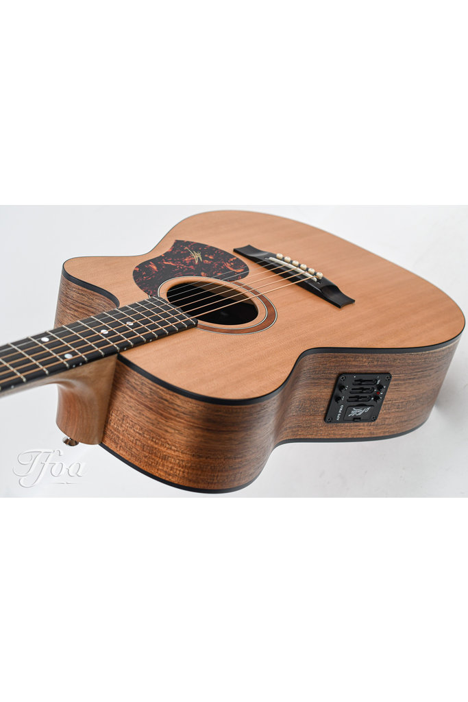 Maton SRS808C Cedar Blackwood B-Stock