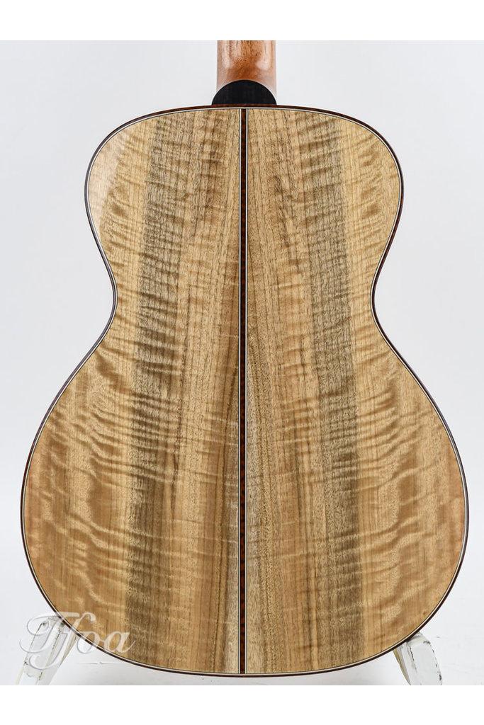 Lakewood M52 Custom AAAA European Spruce Myrtle