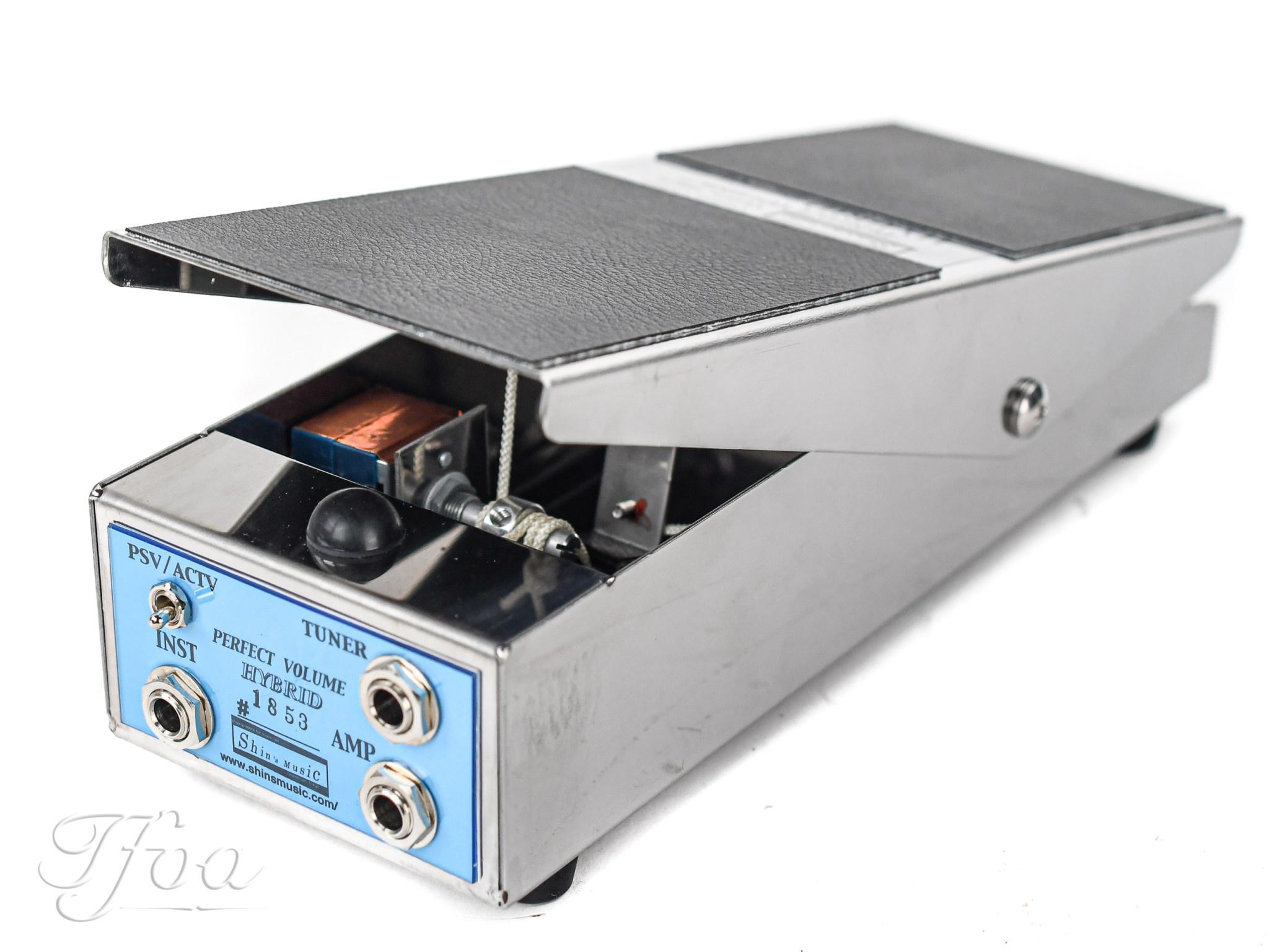 Shin's Music Perfect Volume Hybrid pedal