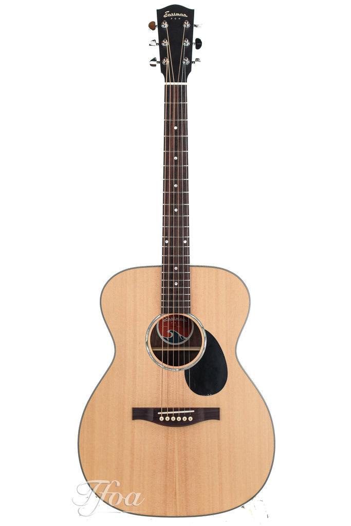 Eastman PCH2OM Rosewood Natural