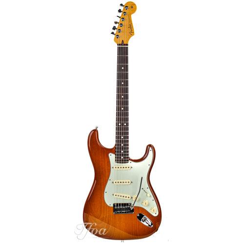 Fender Custom Fender Custom Deluxe Stratocaster Honey Burst 2010