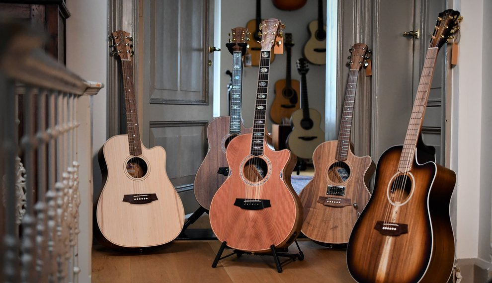 Cole Clark: Guitars from Down Under!