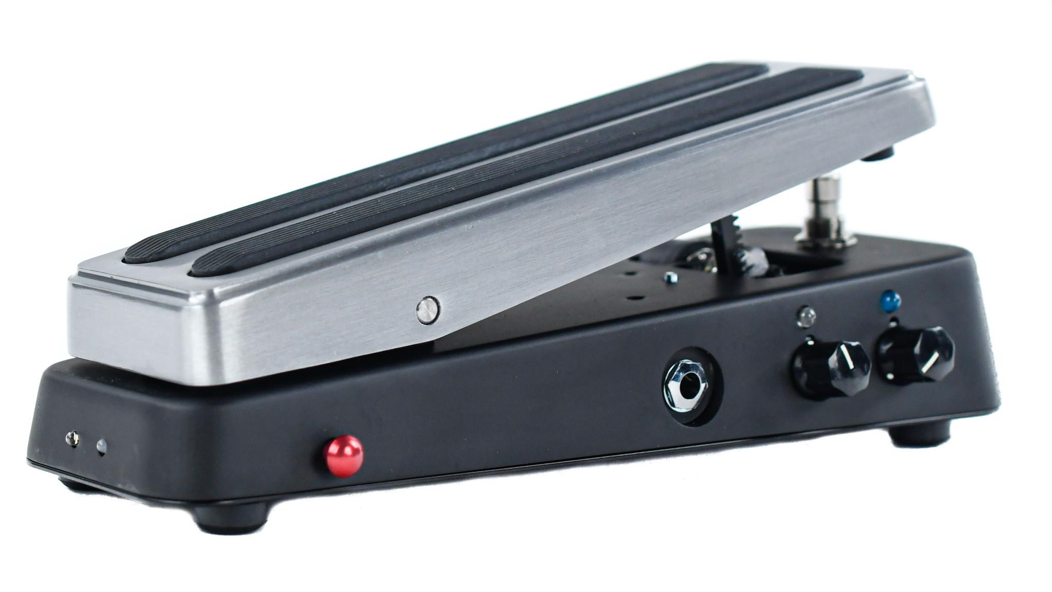 Dunlop Cry Baby Custom Badass Dual Inductor Wah LTD Edition