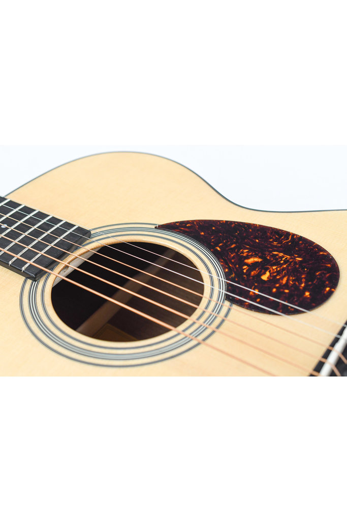 Eastman E6OM TC Thermo Cured Top Mystery Spruce