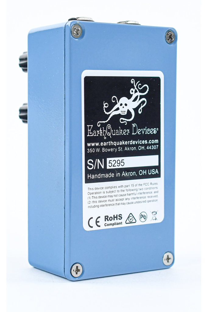 Earthquaker Devices the Warden V2 Optical Compressor