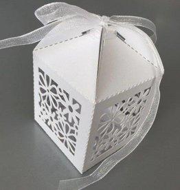 Hobby Crafting & Fun Filigree Paper Box with Ribbon, Flowers, White, 5 x 5 x 7.5 cm, 10pcs/bag