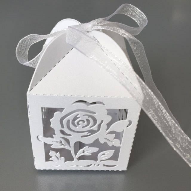 Hobby Crafting & Fun Filigree Paper Box with Ribbon, Roses, White, 5 x 5 x 7.5 cm, 10pcs/bag