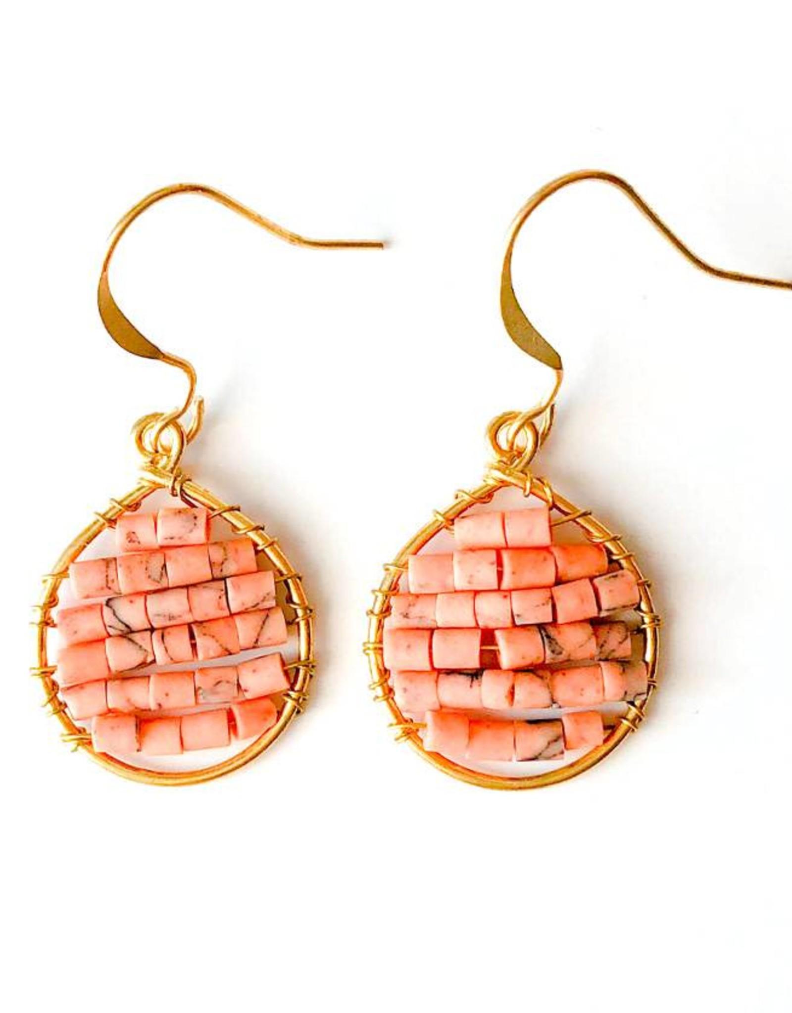Hinth Oorbellen Lek goldframe-speckels salmon