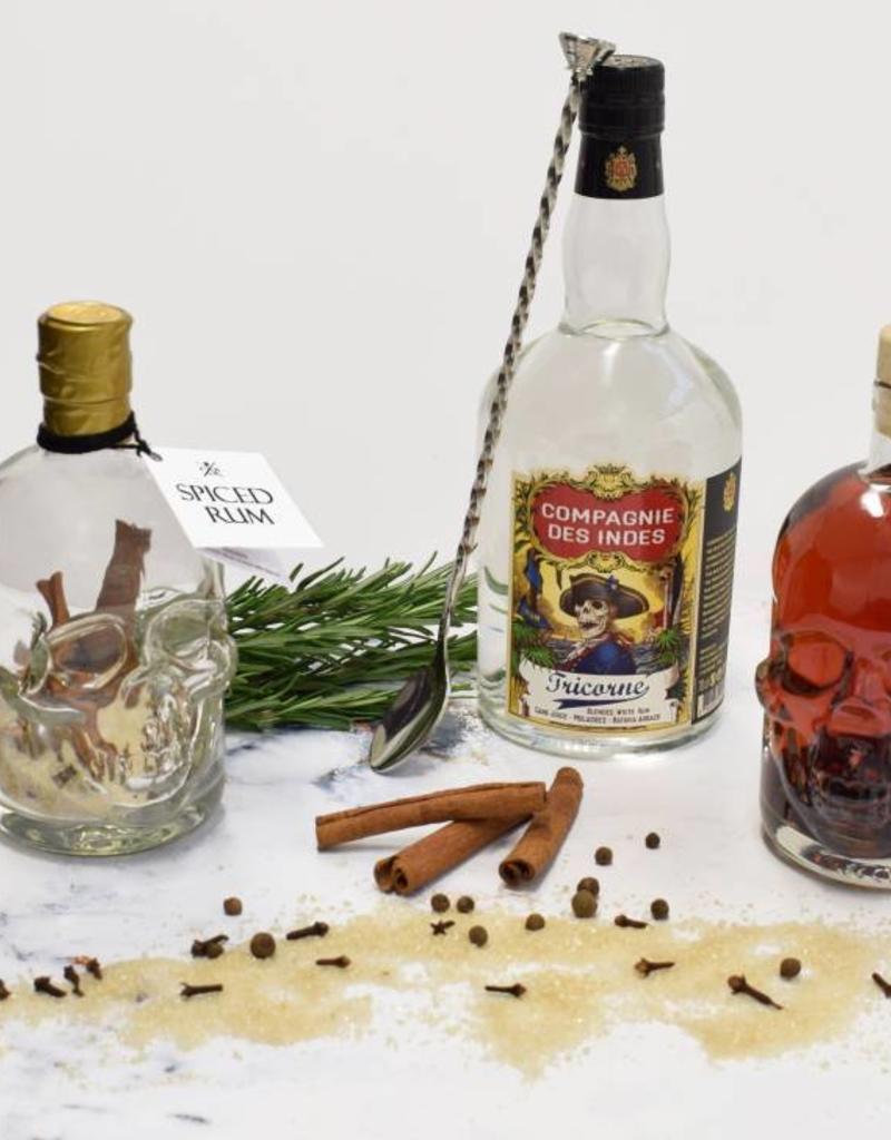 Festival in a Bottle Pirate Skull Spiced Rum-Fles 450ML