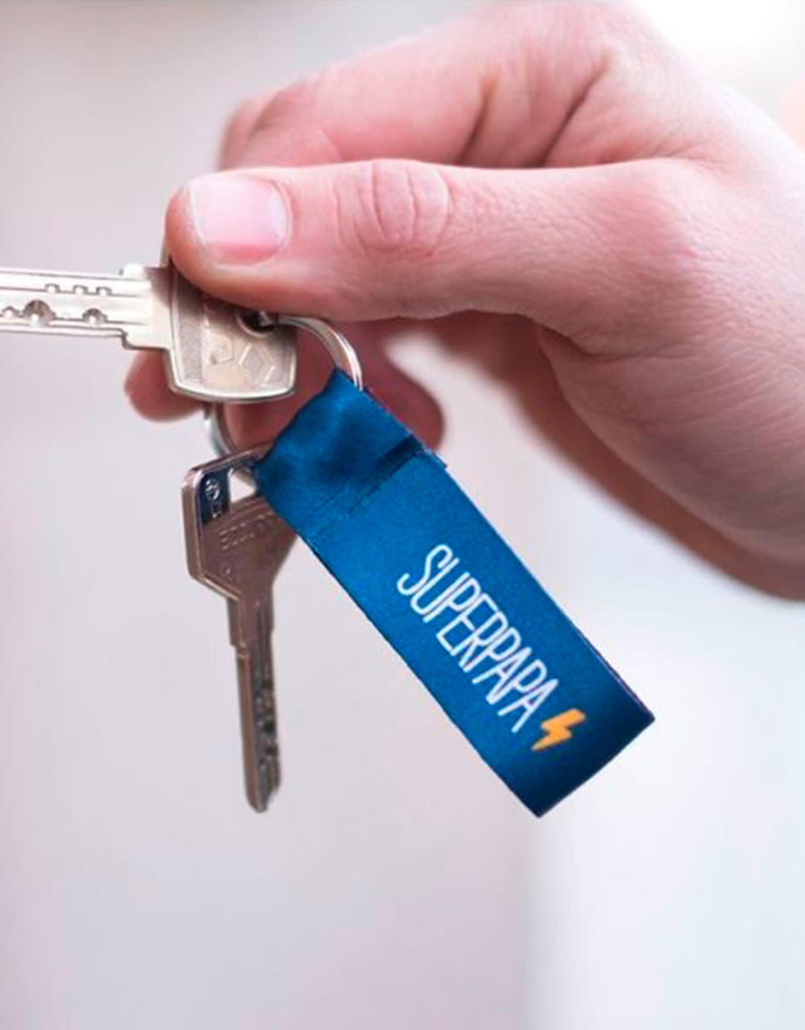 We are UO Sleutelhanger 'Superpapa'-blue