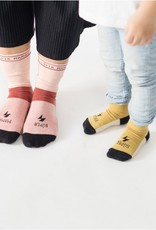 We are UO Socks 'Super Mama' size TU-granate
