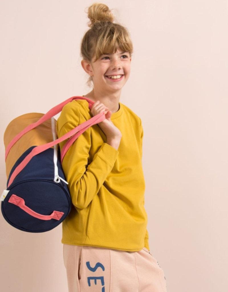 Sticky Lemon Duffle Sportsbag Vertical-caramel fudge / midnight blue