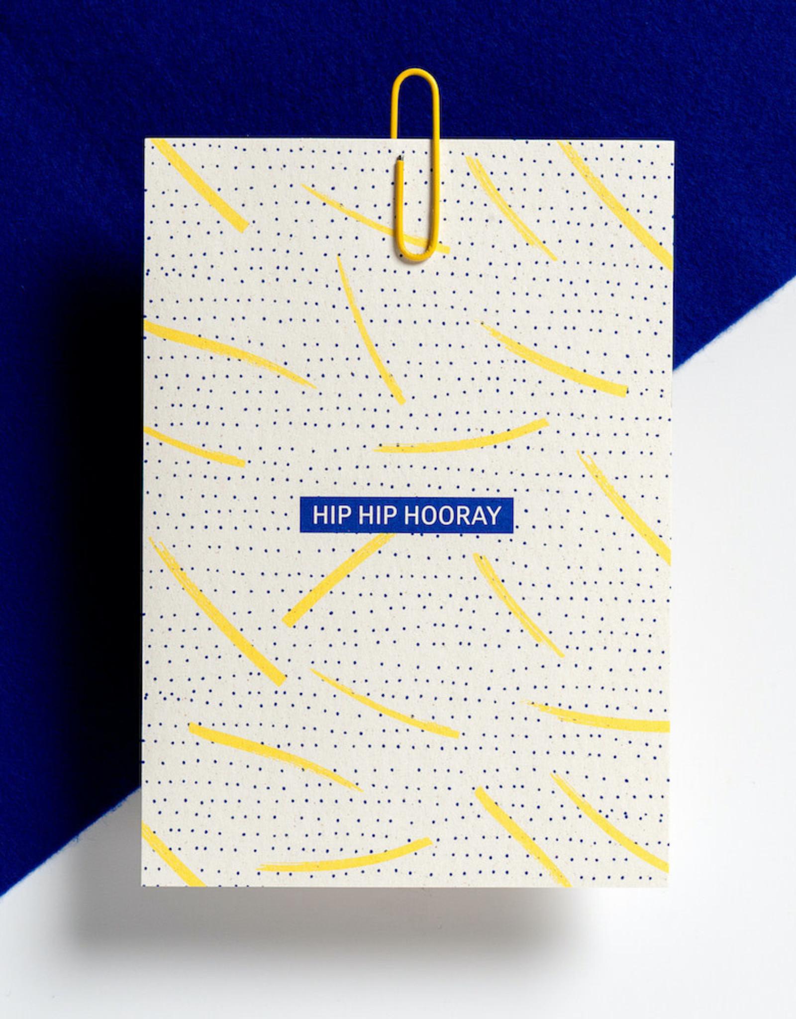 Hello August Wenskaart-Hip Hip Hooray