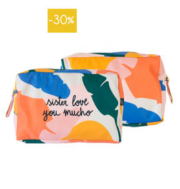 We are UO Multi Pouch/Toilettas 'Sister Love'-mix