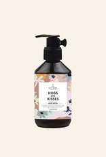 The Gift Label Handlotion-Hugs and Kisses