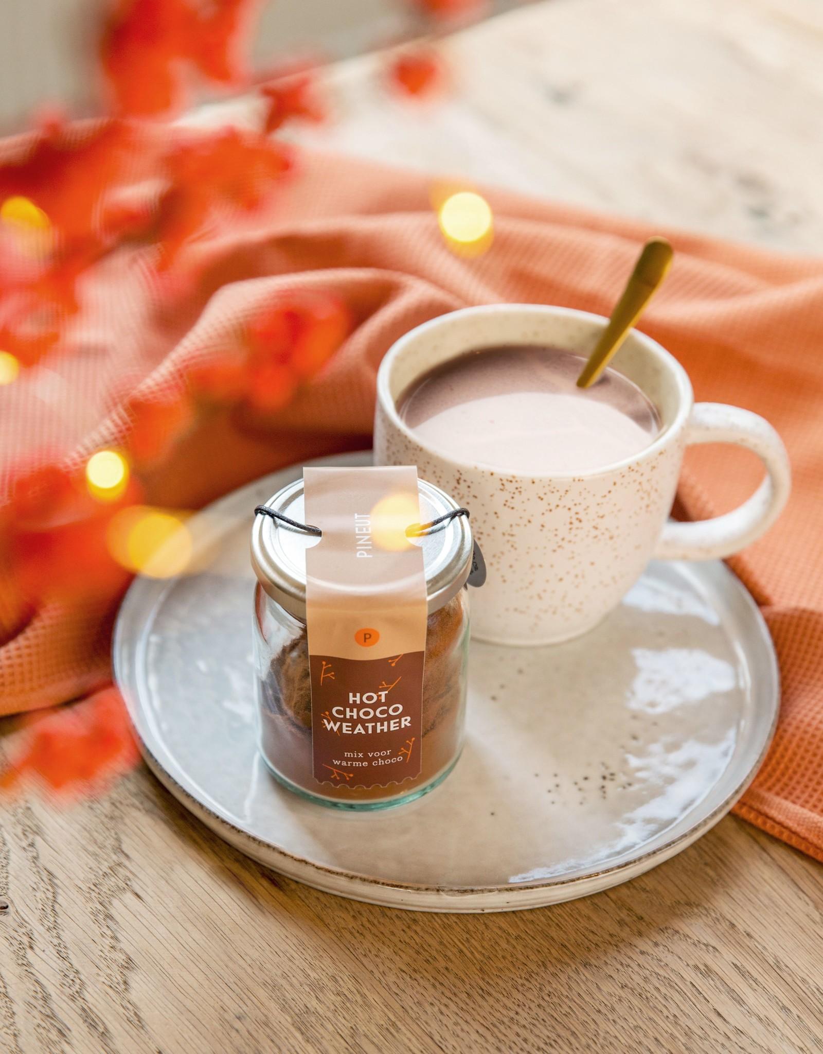 Pineut Likeur Winterdrank-Hot Chocolate