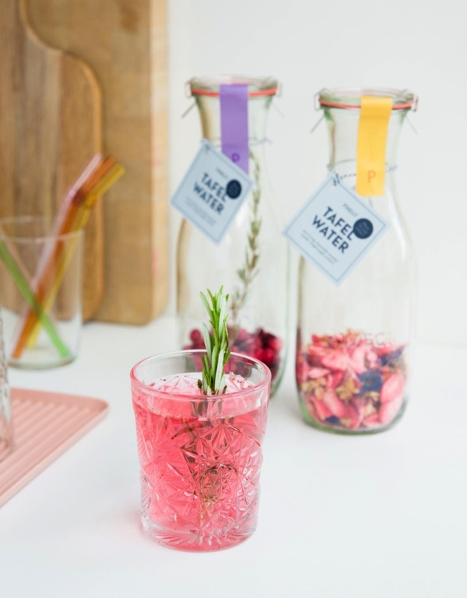 Pineut Likeur Pineut Tafelwater Aardbei/Jasmijn/Korenbloem-Karaf 750ML