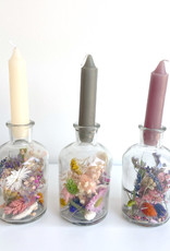 Vaasje met droogbloemen en kaars-multi mix