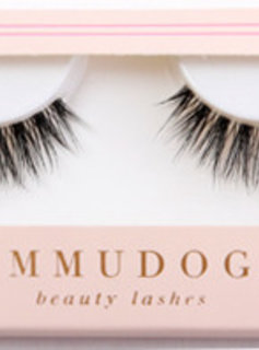 Ummu Doga Beauty Lashes EVERY MOMENT MATTERS