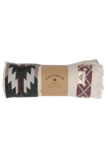 Passenger Snuggler Wrap Grey/Pink One Size