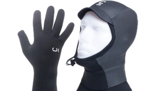 BOOTS, GLOVES, HATS & ACCESSORIES