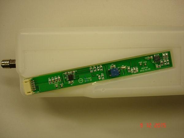 CL1000ML è il liquido per il Grumpy GR-70 / GR-100, l'uso dipende dal numero di secondi di emissioni della macchina del fumo. Fino a 6 minuti.