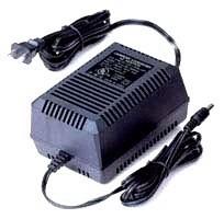 24VAC alimentation nom de AC220VIN24VOUT de la caméra PTZ des caméras PTZ Hikvision. 72VA maximum de puissance (3A).
