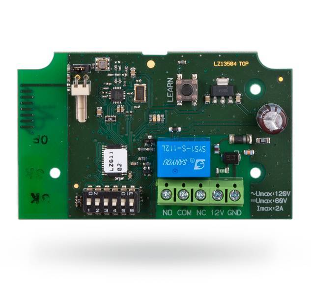 The Jablotron JA-151N Wireless signal output module PG is a wireless PG power module (1 A / 24 V DC). It copies the status of a selected PG output from the JA-100 system (PG1 to PG32).