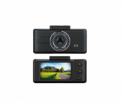 Deze camera neemt alles op wat er voor u op de weg gebeurt. Met deze Full HD camera wordt alles superscherp in beeld gebracht. Zeer brede kijkhoek van 154gr.
