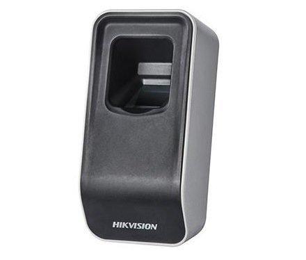 O DS-K1F820-F é um módulo leitor USB para leitura de impressões digitais em um sistema de controle de acesso Hikvision. O módulo óptico utilizado é desenvolvido pela própria Hikvision. Esta unidade não está vinculada a um único sistema e, portanto, pode s