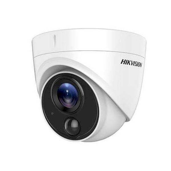 Esta câmera exclusiva de 2MP Low Light Turbo possui um recurso exclusivo: um PIR. O pir, com um ângulo de abertura de 110 ° e um alcance de 11m, ajuda a câmera com sua detecção.