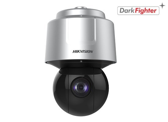 The Hikvision Darkfighter PTZ cameras are capable of displaying high-quality colored images under conditions of minimal lighting. This is possible from a lighting level of 0.002 lux (color). The camera also has True WDR (120dB) and gives images with a qua