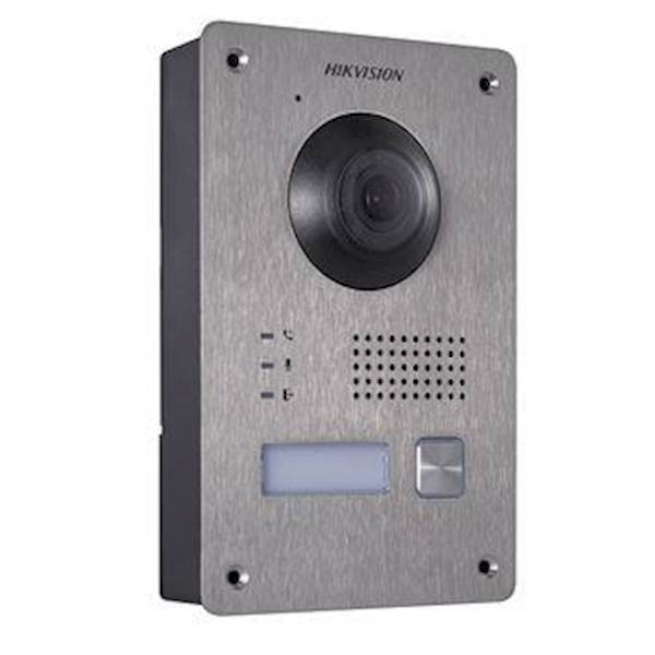 The Hikvision DS-KV8103-IME2 outdoor station is ideal for use in villas and homes. The outdoor station is equipped with 1 illuminated doorbell. This outpost has a 2MP fisheye camera so that a broad overview is created with a clear and sharp image. In the