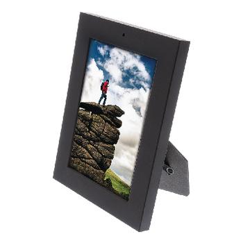 Plaats deze fotolijst met verborgen camera op een strategisch punt in uw woning en houd uw bezittingen onopvallend in de gaten. De beelden worden opgenomen op een microSD-kaart, zodat u het bewijs altijd en overal kunt terugzien.