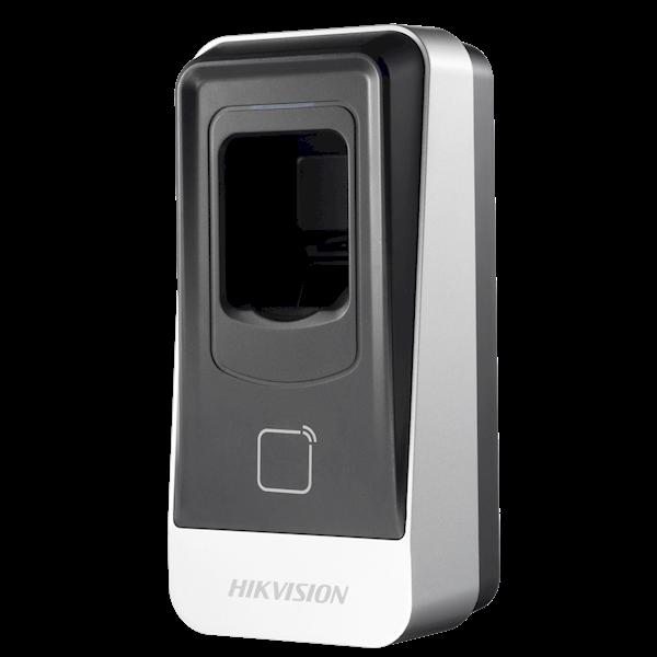 Der Fingerabdruck- und Kartenleser der DS-K1201-Serie, der mit einem 32-Bit-Hochgeschwindigkeitsprozessor ausgestattet ist, enthält ein optisches Fingerabdruckerkennungsmodul. Es kommuniziert mit der Zugangskontrolle über das RS-485-Protokoll. Der Reader