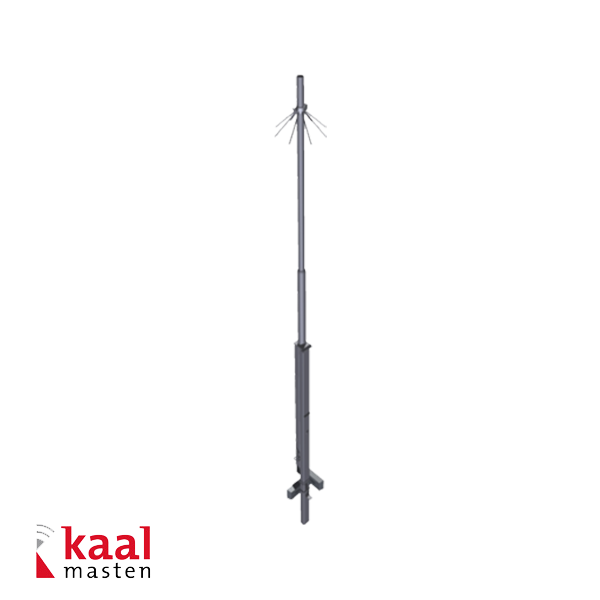 Complete set consisting of a tiltable 4 meter mast that protrudes 4 meters above ground level, is equipped with climbing protection and has grounds for secure anchoring.