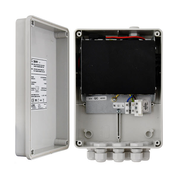 S64H 100Mbit switch in IP56 outdoor cabinet 2x uplink & 4xPoE +
