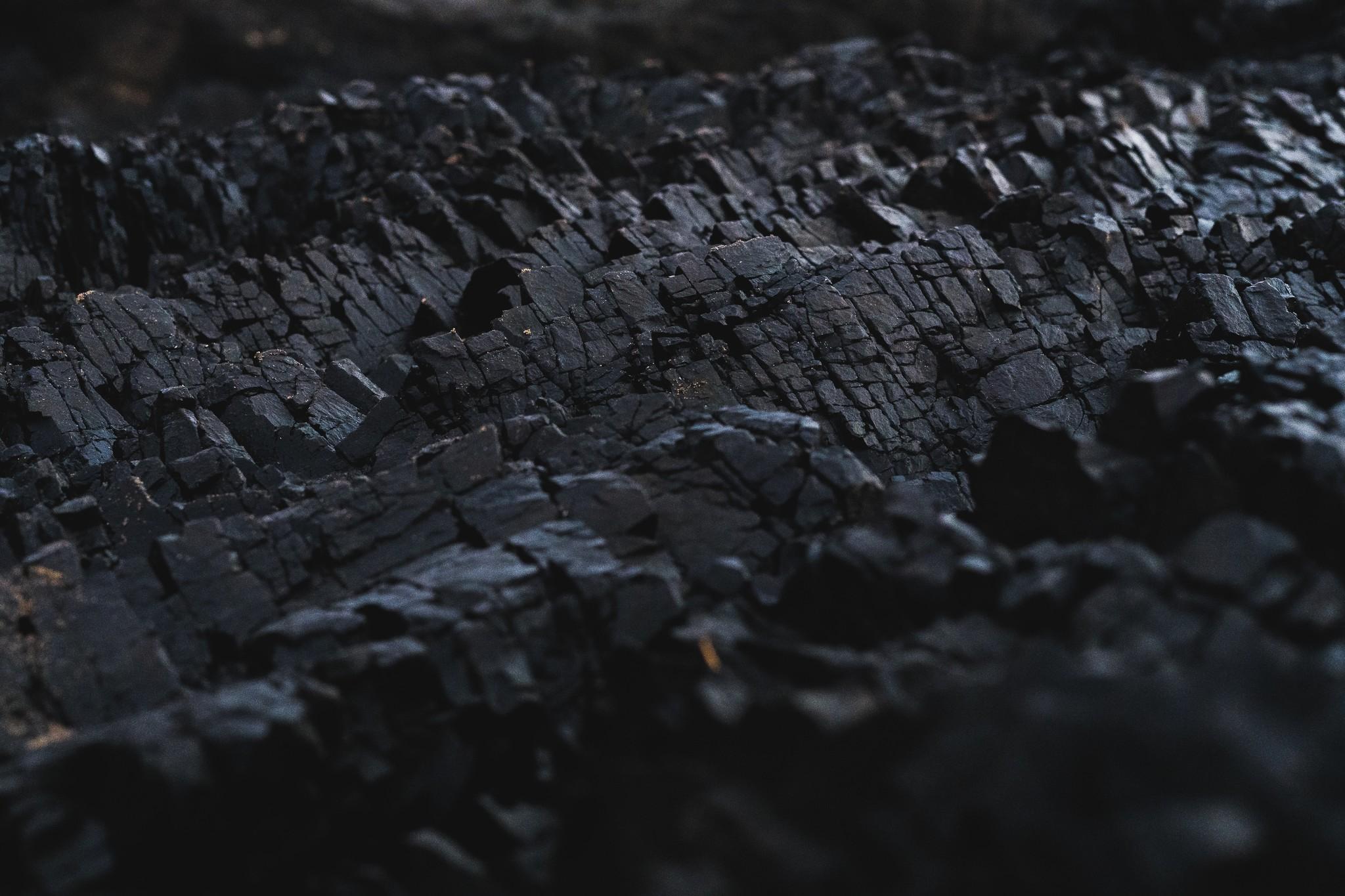 Houtskool: een product om voorzichtig mee om te gaan