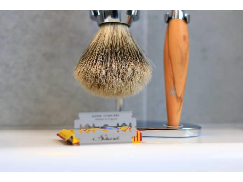 Muhle KOSMO scheerset olijfhout safety razor