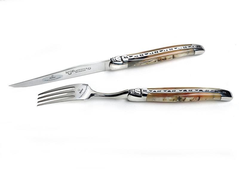 Laguiole en Aubrac 6 steakmessen en 6 vorken in verschillende  hoornsoorten